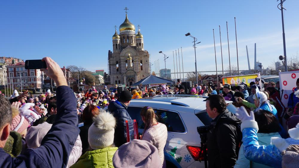 Представляем, официальный автомобиль  Деда Мороза – Skoda KODIAQ